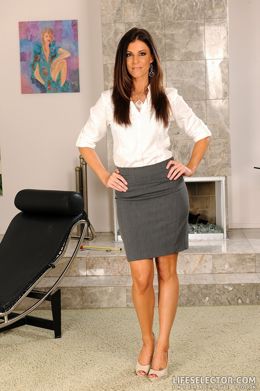 image India summer cheating with her step son